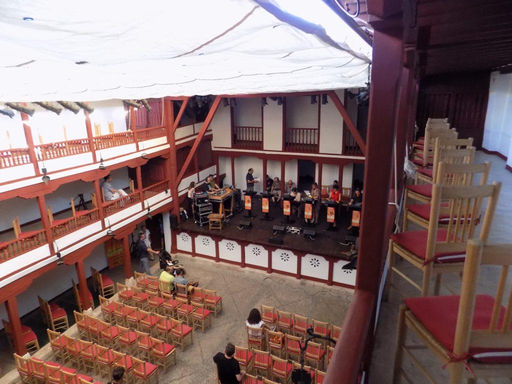 Teatro Corral de Comedias de Almagro durante los ensayos de la obra de sor Juana Inés de la Cruz